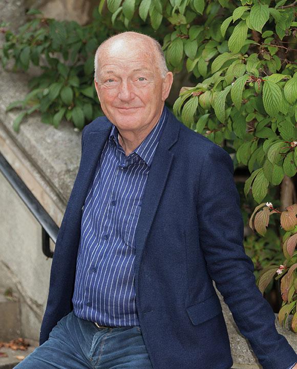 Oz Clarke OBE